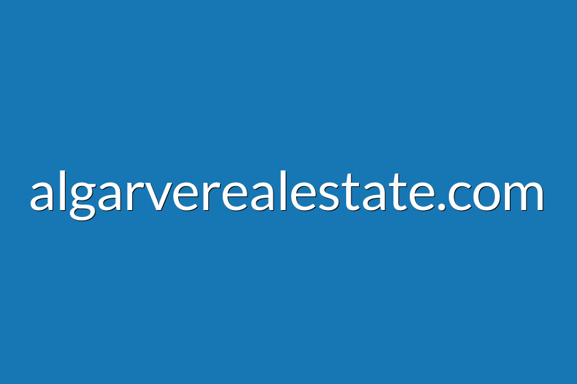 3 bedroom villa with views of the mountains and the sea, located in Santa Bárbara de Nexe-Faro