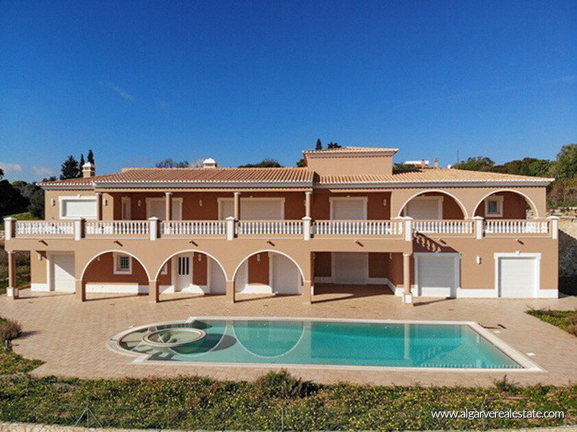 Villa with sea views located at Reserva da Luz