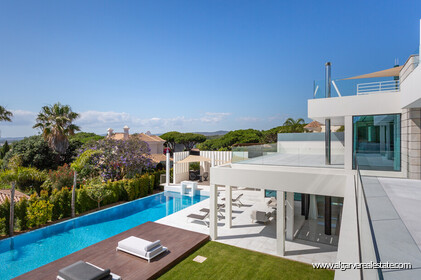 Contemporary four bedroom villa with sea view in Vale do Lobo - 10