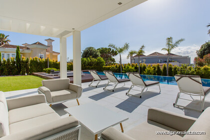 Contemporary four bedroom villa with sea view in Vale do Lobo - 14