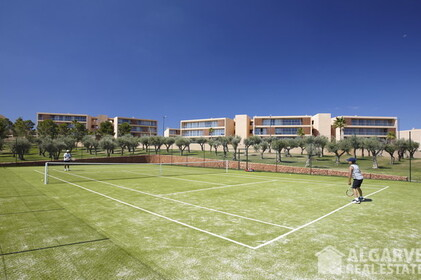 3 bedroom apartment located close to the beach and the golf - 4499