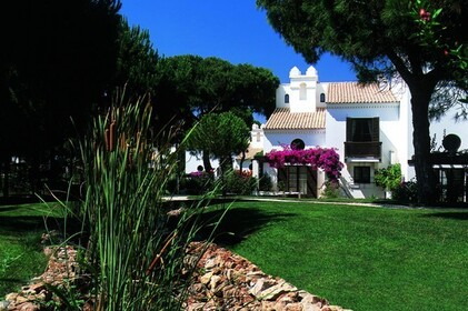 Semi-detached villa with 2 bedrooms, in luxury resort • Albufeira