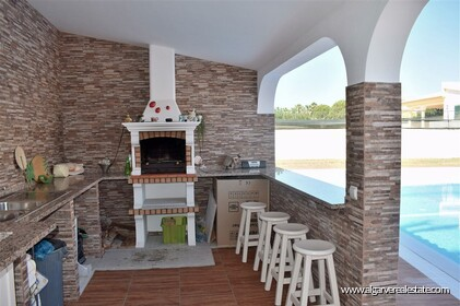 4 bedroom villa on Galé beach with sea view and walking distance from the beach - 26