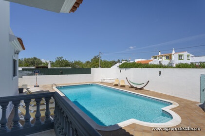 Villa with 7 bedrooms and newly renovated swimming pool - 0