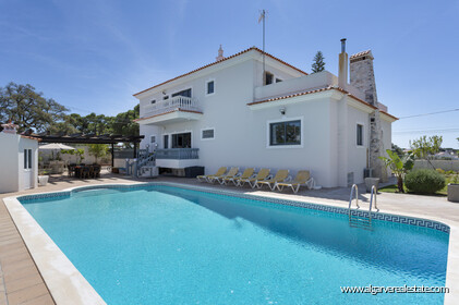 Villa with 7 bedrooms and newly renovated swimming pool - 2
