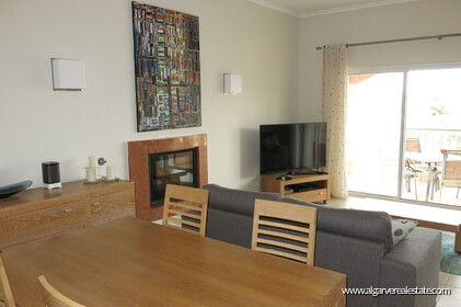 2 bedroom apartment overlooking the Vale da Pinta golf course - 1
