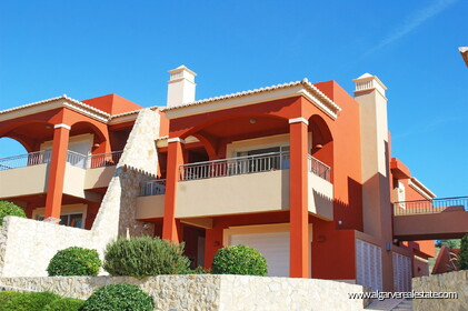 2 bedroom apartment overlooking the Vale da Pinta golf course - 8