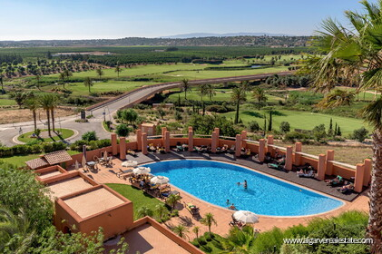 Apartments with 2 + 1 rooms located at Amendoeira Golf Resort