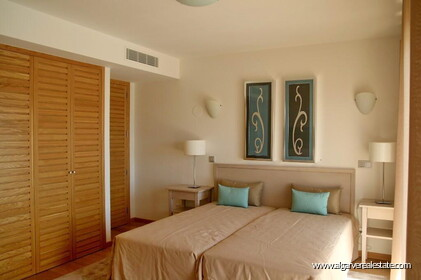 Villa with 5 bedrooms and private pool located in front of the golf - 9