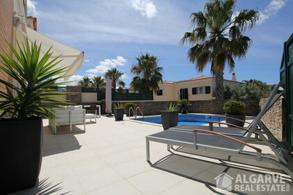 Semi-detached 3 bedroom villa, with excellent finishings and magnificent areas - 9581