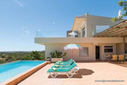 Villa for sale in Estoi with sea view - 1