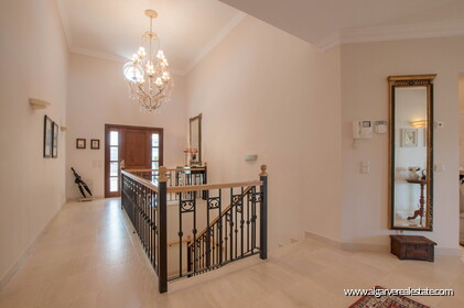 House with 5 bedrooms and swimming pool located in Santa Bárbara de Nexe - 22