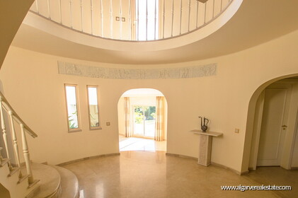 Typical Portuguese villa, 5 bedrooms and swimming pool located near Faro - 7