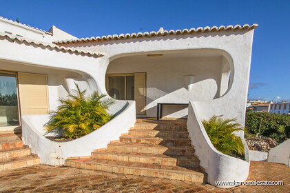 Typical Portuguese villa, 5 bedrooms and swimming pool located near Faro - 26