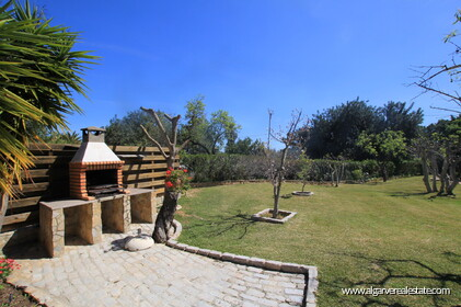 B&B Villa with 7 bedrooms in Santa Bárbara de Nexe - 19