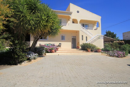 B&B Villa with 7 bedrooms in Santa Bárbara de Nexe - 20