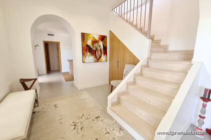 House with 7 bedrooms and swimming pool located in Santa Barbara de Nexe - 12