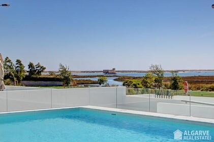 Townhouse with 3 bedrooms and sea view-Fuseta - 1102