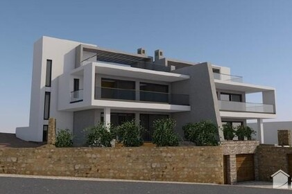 Land with approved project for the construction of 2 villas