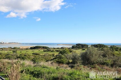 Plots for villas with exceptional views of the sea and golf - 3430