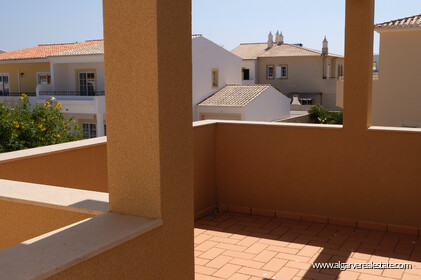 3 bedroom villa with the 300 metres from the beach of Porto de Mós - 17