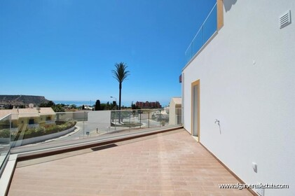 New villa with swimming pool and sea view located in Praia da Luz - 0