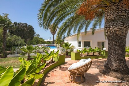 4 bedroom villa for sale in front of Praia da Luz • Algarve - 16