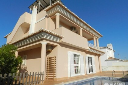 3 bedroom villa with sea- Lagos
