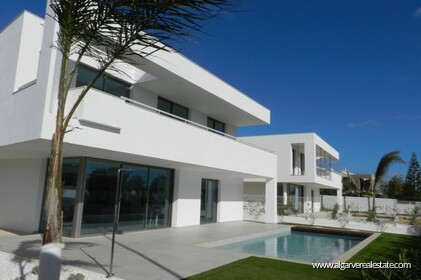Contemporary villas with 4 bedrooms and pool - 1