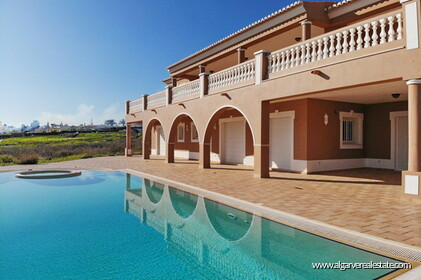Villa with sea views located at Reserva da Luz - 0