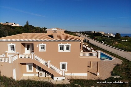 Villa with sea views located at Reserva da Luz - 14