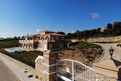 Villa with sea views located at Reserva da Luz - 16