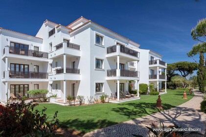 Apartment with 2 bedrooms located in luxury resort • Albufeira - 27266