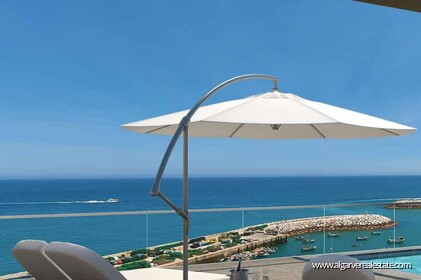3 bedroom luxury apartment with sea view in Albufeira
