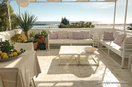 6 apartments located on the 2nd sea line in Praia da Fábrica  - 24503