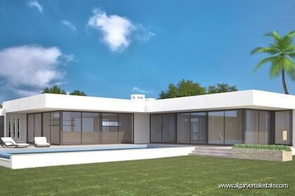 3 bedroom contemporary villa with pool