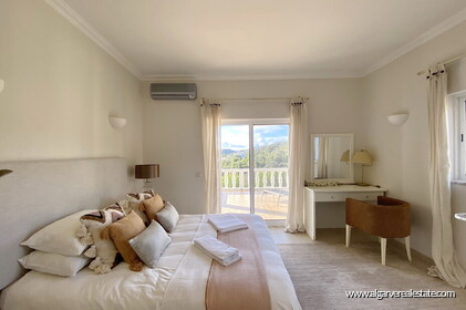 Villa with 5 bedrooms, swimming pool and tennis court with sea view - Loulé - 2