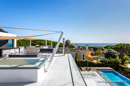 Contemporary four bedroom villa with sea view in Vale do Lobo - 15
