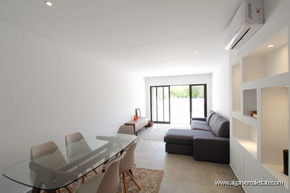 1 bedroom apartment 5 minutes walk from marina and beach - 25750