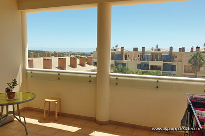 2 bedroom apartment in private condominium with swimming pool in Vilamoura