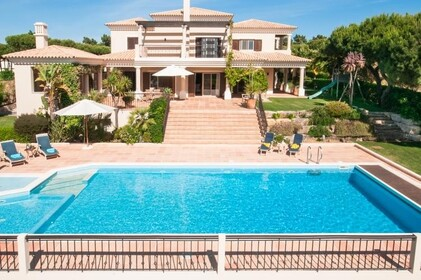 Villa with 4 bedrooms and Office with lake view- Quinta do Lago - 9864