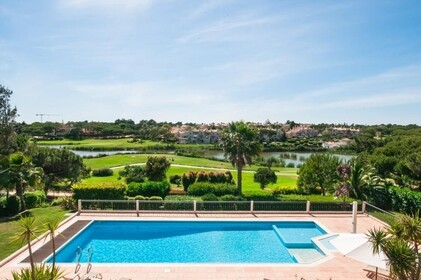 Villa with 4 bedrooms and Office with lake view- Quinta do Lago - 9863