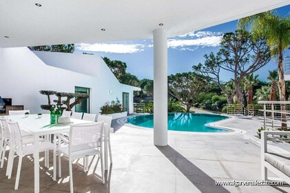 Contemporary villa with 6 bedrooms and vista golf - 16194