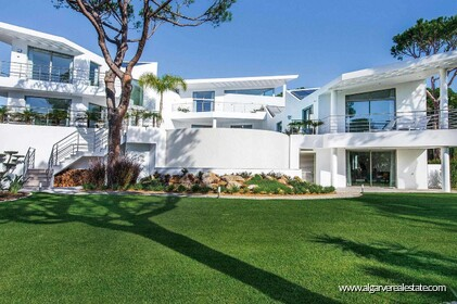 Contemporary villa with 6 bedrooms and vista golf - 16192
