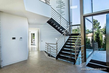 Contemporary villa with 6 bedrooms and vista golf - 16208