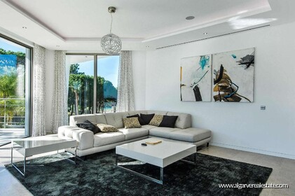 Contemporary villa with 6 bedrooms and vista golf - 16212