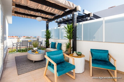 2 bedroom apartments for sale near beach in Cabanas in Tavira
