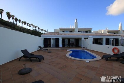 Townhouse with three bedrooms and individual swimming pool-Tavira