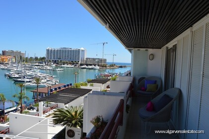1 bedroom apartment with stunning views over the Marina of Vilamoura - 0