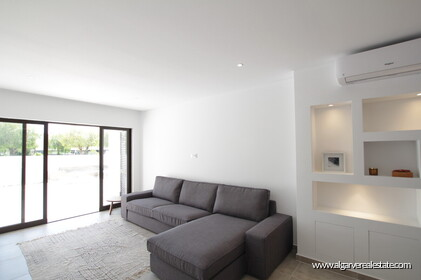 1 bedroom apartment 5 minutes walk from marina and beach - 25742